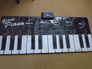 Giant Floor Piano Play Mat used few times , like new   $30