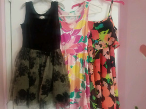 Girls dresses m size 7/8 years