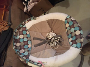 Electric graco baby swing