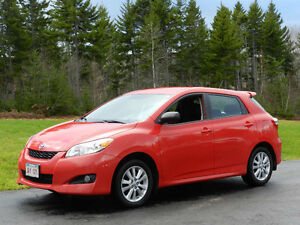 2010 Toyota Matrix Touring Hatchback [local trade one owner]
