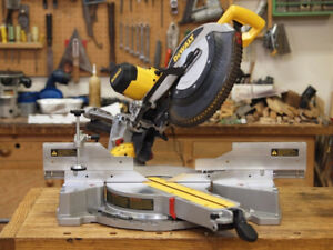 COMPACT MITRE SAW -WITH STAND - Sliding - 12