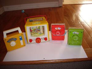 FISHER PRICE TV/RADIOS