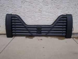5th Wheel Louvered Tail Gate - Ford