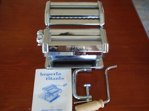 Imperia pasta maker, made in Italy, used once,works great,
