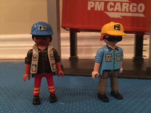 Playmobil Loading Terminal and Cargo Truck with container Oakville / Halton Region Toronto (GTA) image 3