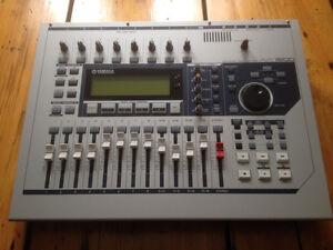 Yamaha AW-1600 Mobile Musician's Digital Recording Studio