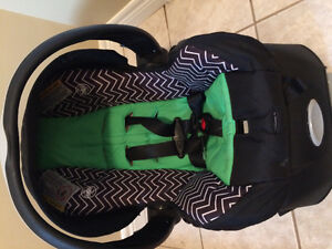 2021 baby carseat and base