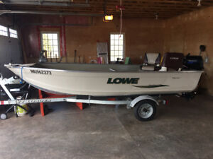 Lowe sea Nymph V Boat /Trailer with 15HP Tohatsu 4  Stroke