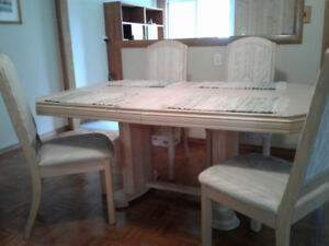 Dining Room Table - Wall Units