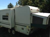 Camper Trailer: 23' Trail Lite Bantam by R. Vision