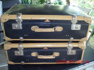 2 IDENTICAL VINTAGE 1940'S VULCAN FIBER SUITCASES BY LOHMANN