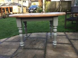Lovely small Pine Oval Table