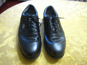 Golf Shoes sz. 10,11,8,8.....-STRATHROY London Ontario image 3