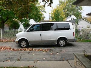 2000 GMC Safari Minivan, Van Cambridge Kitchener Area image 2