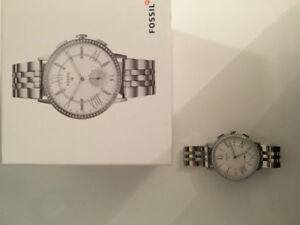 REDUCED PRICE Fossil Q Hybrid: Silver