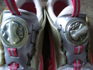 Puma Cell Disc Running Shoes size 6 women or size 4 youth London Ontario image 5
