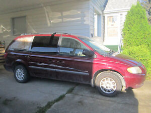 2001 Dodge Caravan sport AS IS 700$ !!!