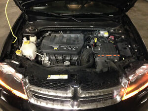 2013 Dodge Avenger VERY LOW KILOMETRES (rebuilt)