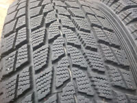Almost new 95% Toyo G-02 winter tires 235/70/R16
