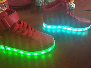 BRAND NEW - Unisex Multi color LED Lightup Shoes Size 3X-4X