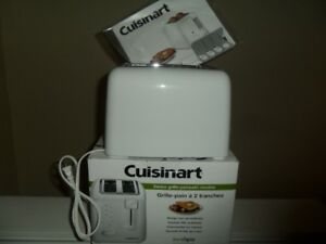 Cuisinart 2 slice toaster with box and manual