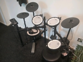 Roland TD-1DMK V-Drums electronic drum kit w/accessory pack