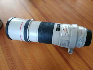 Canon EF 300MM 1:4 L IS lens