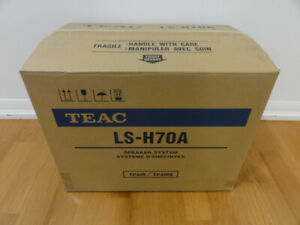 TEAC Retro Modern Bass Reflex Speakers for TEAC Reference Series