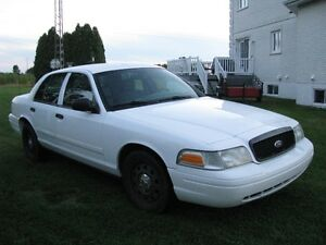 Ford Crown Victoria 2009 police pack interceptor