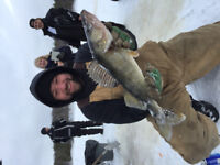 Ice fishing trips on Ottawa river for pike and walleye