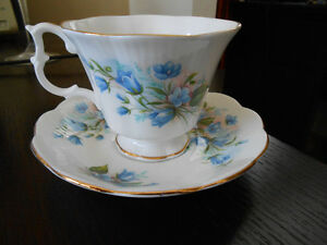 Vintage Royal Albert Blue Forget Me Not Footed Teacup And Saucer