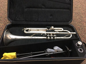 Yamaha trumpet - great for school band!!