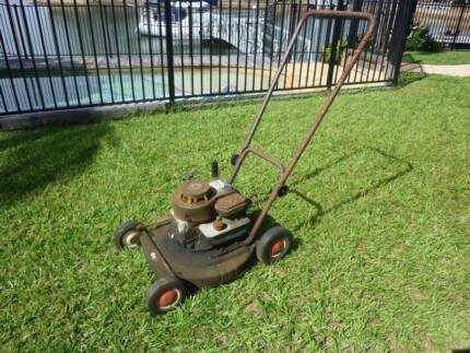 Lawn Mower - Old Victa