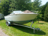 24' Sea Ray  PRICED REDUCED       TRADES welcome