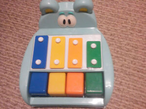 Little Tikes Toy Piano/Xylophone