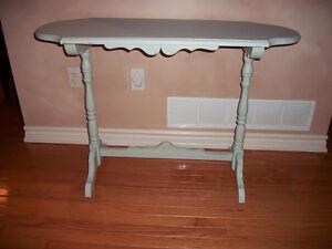 Sofa/Hall Table Kitchener / Waterloo Kitchener Area image 1