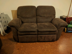 La Z Boy Loveseat Recliner + Recliner chair