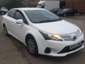 TOYOTA AVENSIS 2.0 D-4D T2 WHITE MANUAL DIESEL,HPI CLEAR,£30 ROAD TAX,1 YEAR MOT