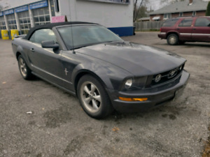 SAFETIED 2008 V6 4.0L Ford Mustang low KM and ABSOLUTELY NO RUST