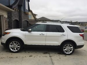 Pristine 2015 Ford Explorer Limited, One Owner, Clean Record