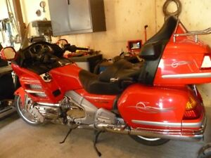 PRIX REVISÉ 2004 HONDA Goldwing GL1800