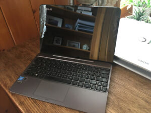 Asus Transformer Book T100-HA *2-en-1* Touchscreen