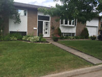 FANTASTIC UPDATED BI-LEVEL FAMILY HOME - Move-in ready!!!