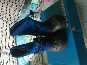 Brand new- Toddler winter boots size 5