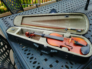 Full Size Violin Stratus by Eastman SVL-335