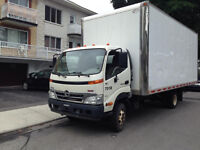 hino diesel automatique année 2009 en excellente condition