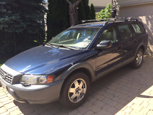 Many 2002 volvo v70 xc parts available, great condition