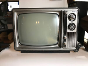 """Eaton's Viking B/W 12"""" TV"""