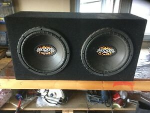 2-12 Inch Kicker Comp Sub Woofers with Carpeted Sound Box