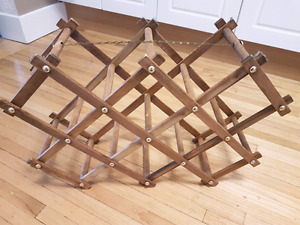 Collapsible wine or bottle rack